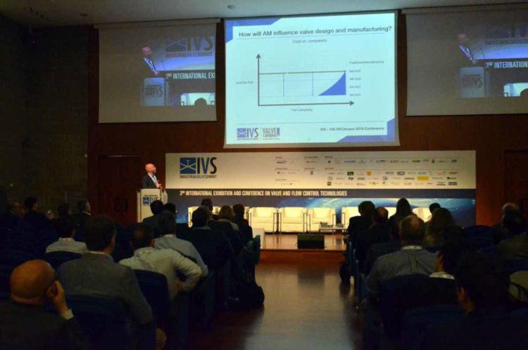 ivs_2019_conferences37-1030×682