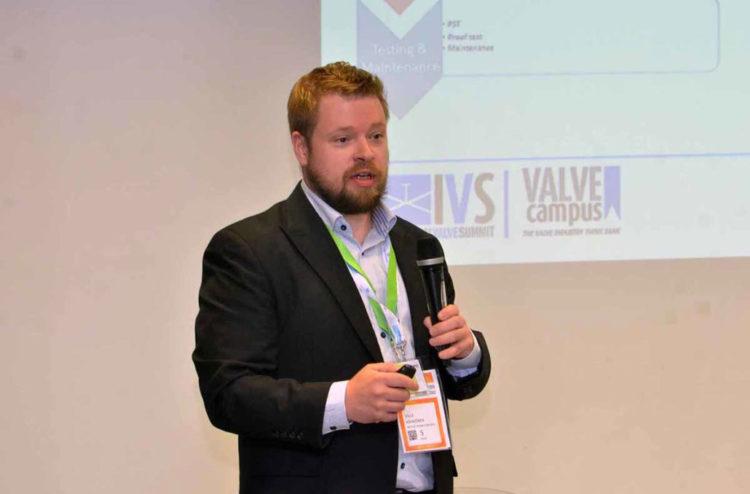 ivs_2019_conferences51-1030×678