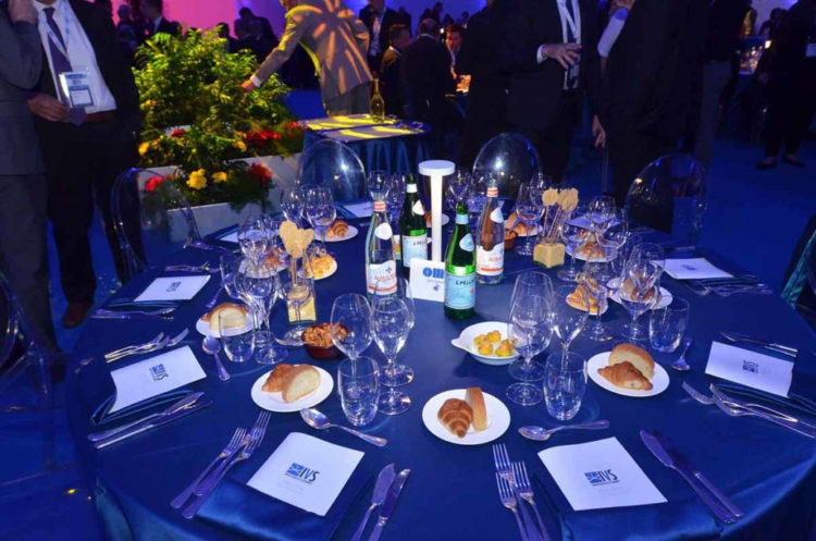 ivs_2019_gala-dinner5-1030×682