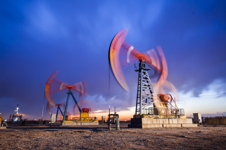 Sinopec creates new record by drilling 8,725 meters deep oil