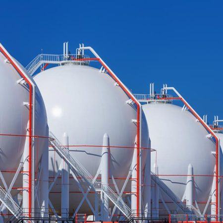 Total signs security pact with Mozambique to boost LNG project security