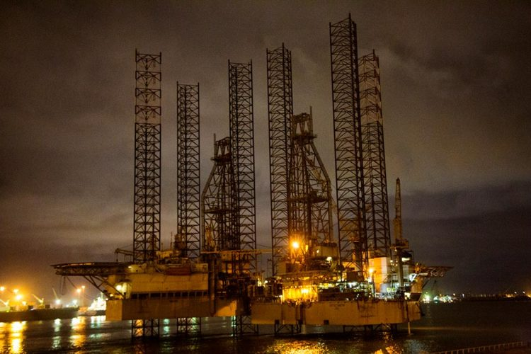 Eni, Shell and other energy groups cleared of corruption charges